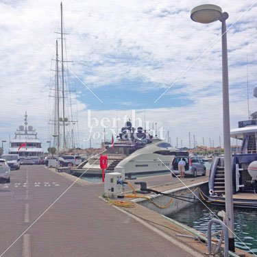 Marina Yacht berths and Moorings for sale in Antibes - French-Riviera